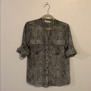Calvin Klein 3/4 sleeve button-up dress shirt, XS